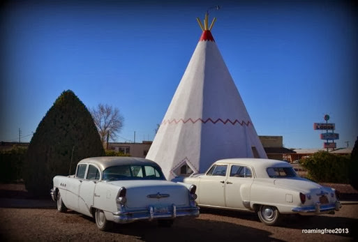 Classic Cars at the Wigwam Motel