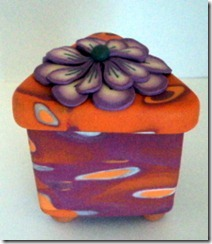 8 orange box with pink flower side view