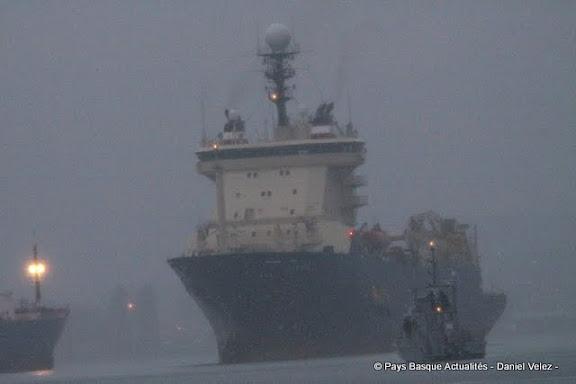 Nuit, brouillard et pluie pour l'arrivée de l'Ile de Sein