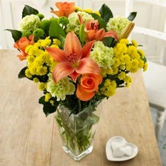 Sendabunch - Guernsey Flowers - Warm Sun-Kissed Bouquet with Free Delivery