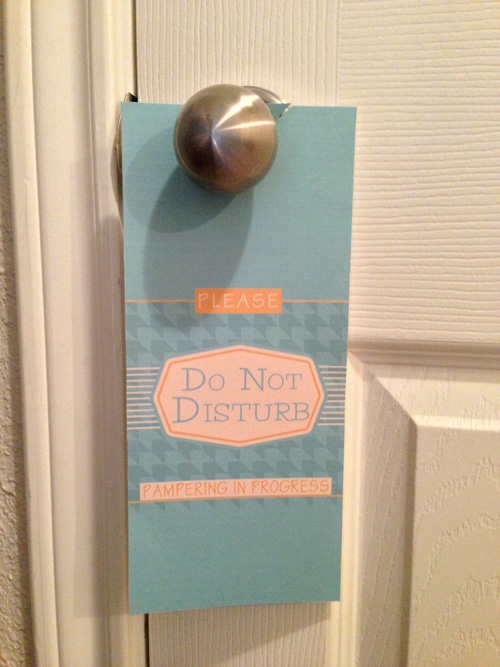 Free Printable Please Do not disturb sign for doorknob