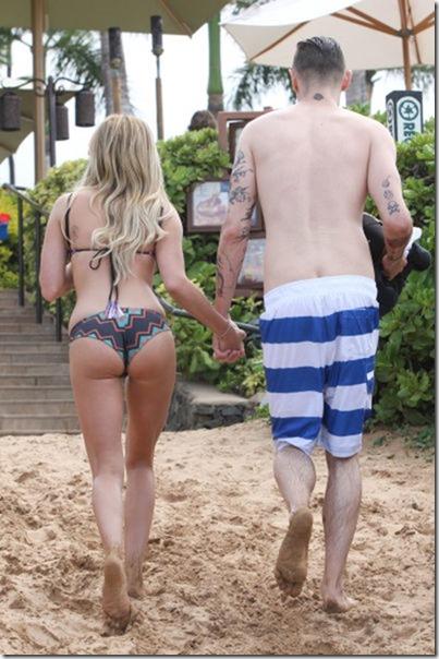 celebrity-beach-bum-13