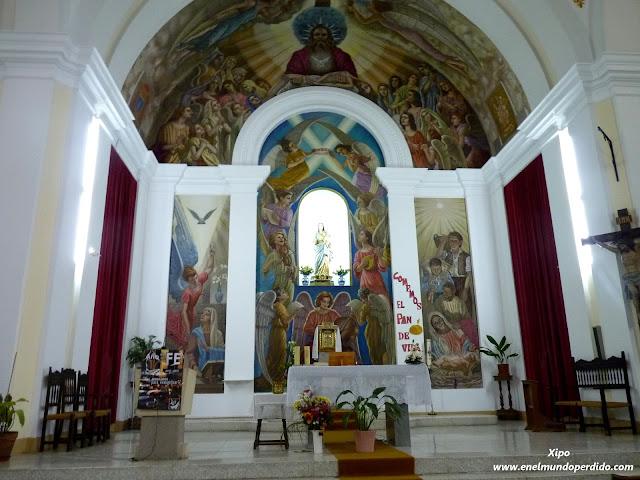 Interior-iglesia-de-Ayna.JPG