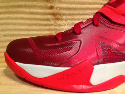 nike zoom soldier 7 tb gym red 1 02 Closer Look at Nike Zoom Soldier VII Team Bank Styles