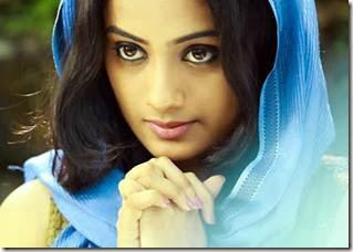 namitha_pramod_nice_still