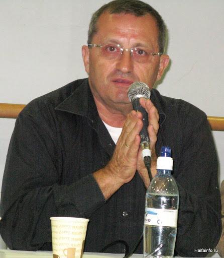 Vistupaet Yakov Kedmi.JPG