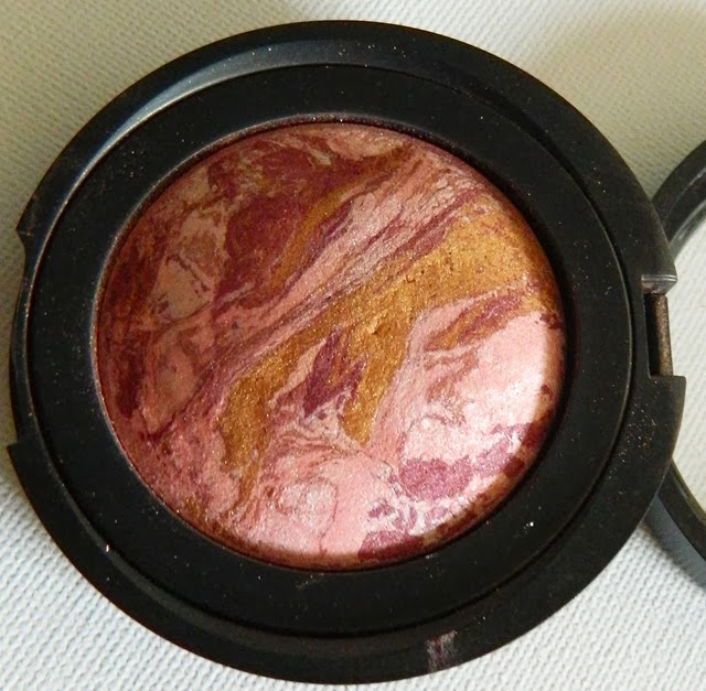 Laura Geller blush n brighten berry
