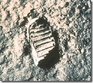 foot_apollo11