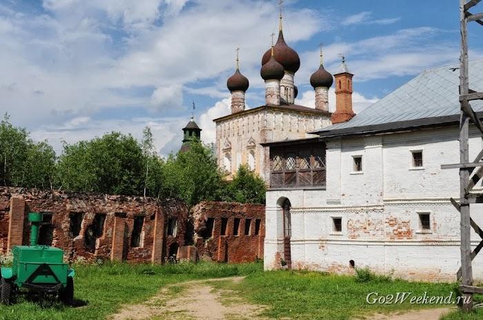 Borisoglebskiy monastir 11.jpg