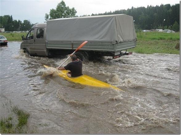 happy-flood-people-9