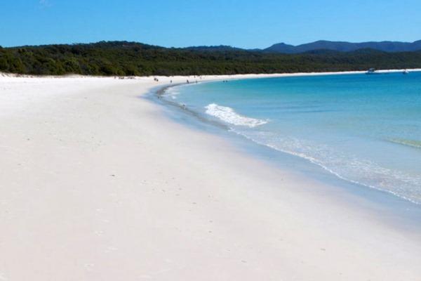 Whitehaven-Beach-Whitsunday-Island-Australia61-728x485