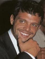 """Luis Miguel podría tener una participación especial en la telenovela """"Gossip Girl Acapulco""""."""