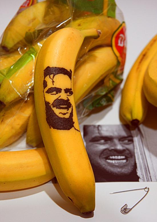 Tatuando casca de banana 01