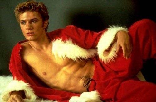 ryan-phillippe-sexy santa