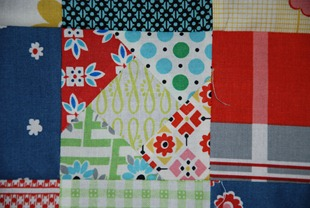 Sew Euro bee an November Linda Block 1 detail