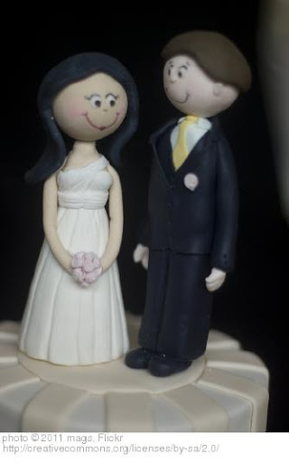 'Wedding Cake' photo (c) 2011, mags - license: http://creativecommons.org/licenses/by-sa/2.0/