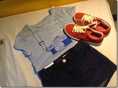 GAP kids tourist tee x GAP denim shorts x ZARA kids sneakers