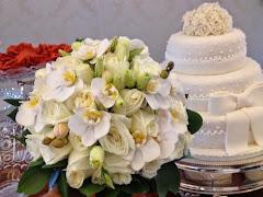 Album (digital) de fotos de Paissandu. Fotografias digitais da Carla Flores, que faz decoração floral em eventos sociais e corporativos usando as mais lindas flores. Faz bouquet (buquê) de noiva, decoração de casamento, decoração de festas, decoração de 15 anos, arranjos de mesa, decoração de salão de festa, locação de mobiliário, decoração de igreja, arranjos de casamento e decoração dos mais lindos eventos. Atua em Niterói, Rio de Janeiro (RJ).