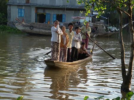 Imagini Delta Mekongului: ferry local