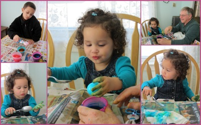 Egg coloring1