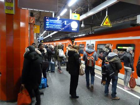Metro Munchen: statie S-Bahn de la gara centrala