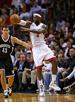 lebron james nba 121107 mia vs bro 05 King James wears 5 Colorways of Nike LeBron X in 6 Games