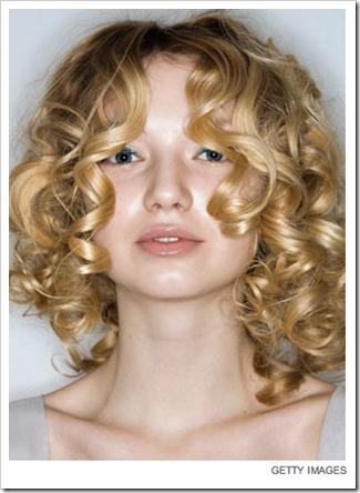 Hoje é dia de Inspirações com cabelos cacheados!