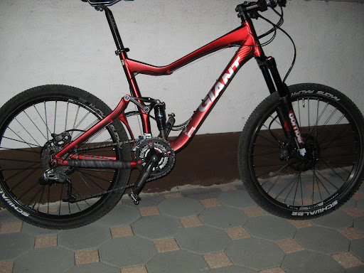 2009 Giant Reign 2 Specifications http://picasaweb.google.com/lh/photo/8QHUzlD9avz5X3WQh3eqvQ