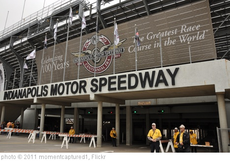 'Indianapolis Motor Speedway entrance' photo (c) 2011, momentcaptured1 - license: http://creativecommons.org/licenses/by/2.0/