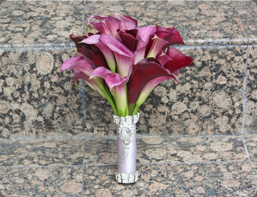 purple-calla-lily-crystal-handle-bouquet-monday karen tran