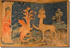 TAPIZ DEL APOCALIPSIS. ARTE TEXTIL SIGLO XIV. Kimon Berlin Wikimedia Commons