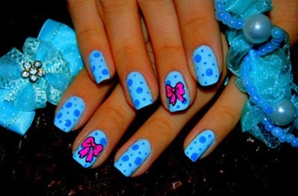 poze unghii blue