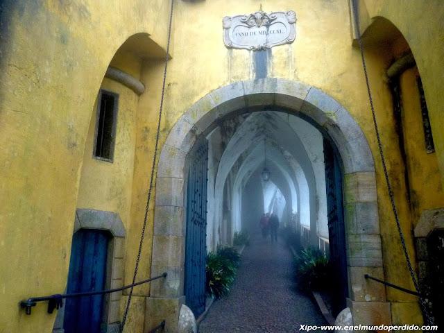 entrada-al-palacio-da-pena-sintra.JPG