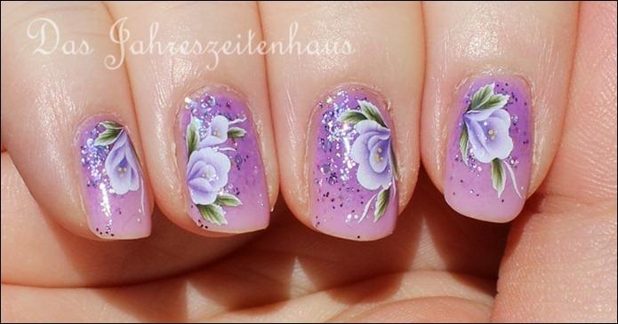 Lila Mauerblümchen 8