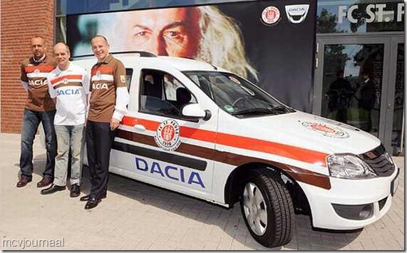Dacia sponsor Udinese 04