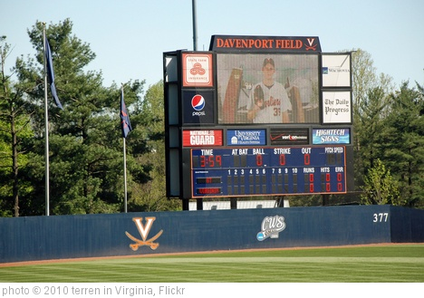 'UVA Baseball' photo (c) 2010, terren in Virginia - license: http://creativecommons.org/licenses/by/2.0/