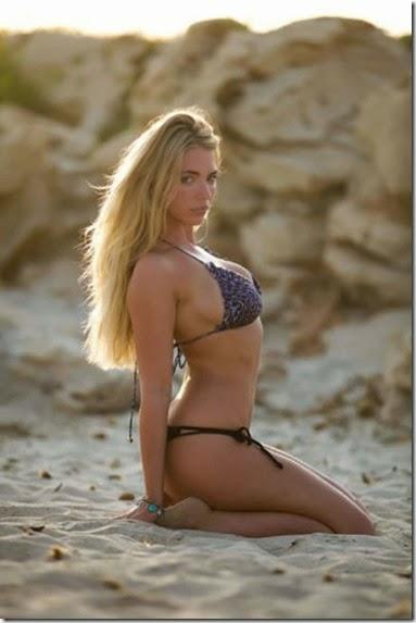 bikinis-summertime-girls-012