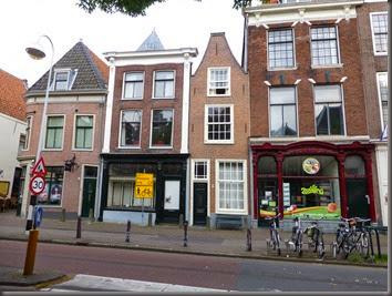 Leiden-14 319