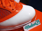 nike air max lebron 7 pe hardwood orange 3 09 Yet Another Hardwood Classic / New York Knicks Nike LeBron VII