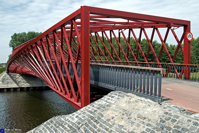 twist-bridge-9