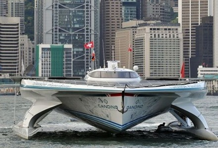 barco-con-energía-solar