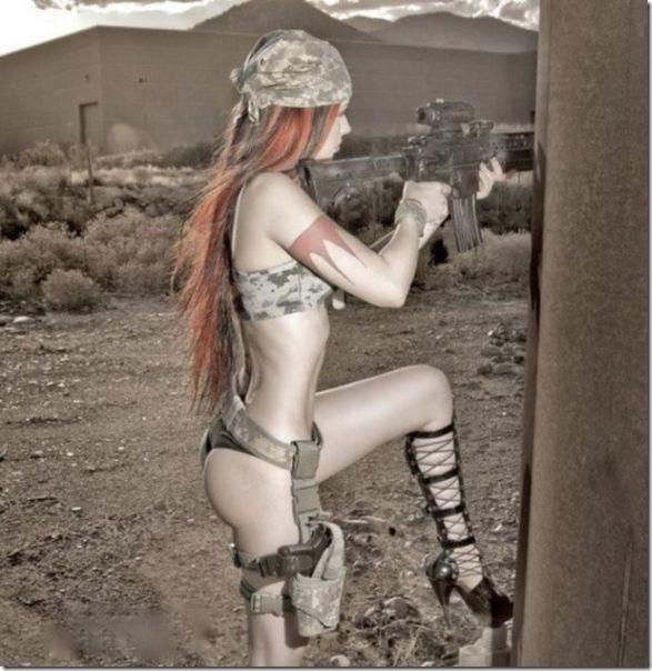 hot-women-guns-28
