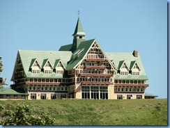 1389 Alberta - Waterton Lakes National Park -  1927 Prince of Wales Hotel from the town of Waterton