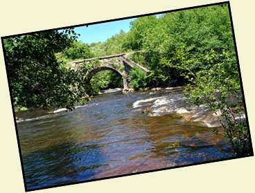 5c - Close up view of Lehigh River on left