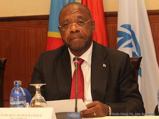 Professeur Adolphe Lumanu Mulenda Buana N'sefu, vice Premier Ministre, Ministre de l'intérieur et Sécurité de la RDC le 8/06/2011 à Kinshasa.