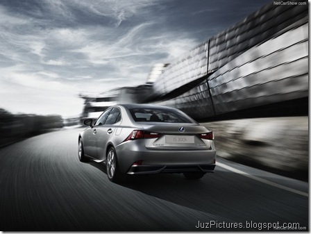 Lexus-IS_2014_800x600_wallpaper_0c