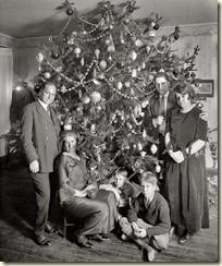 Vintage-Christmas-Snapshot-20111223_8