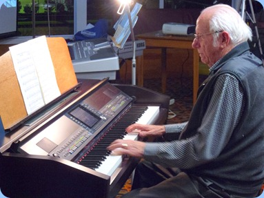 Rob Powell, President of the Organ Society of NZ Inc., played the Clavinova to great effect and bringing out some of the wonderful style arrangements and lovely sounds from this top-of-the-line CVP-509 instrument