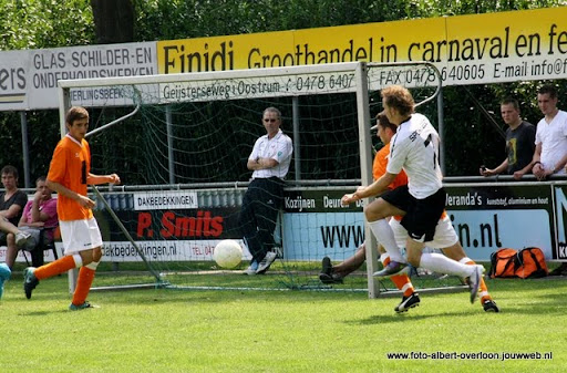 sss 18 familie en sponsorentoernooi 05-06-2011 (18).JPG