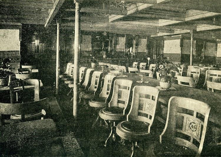 Vapor LEON XIII. Comedor de 1ª Clase. Foto de la revista LA NATURALEZA. AÑO 1894.jpg